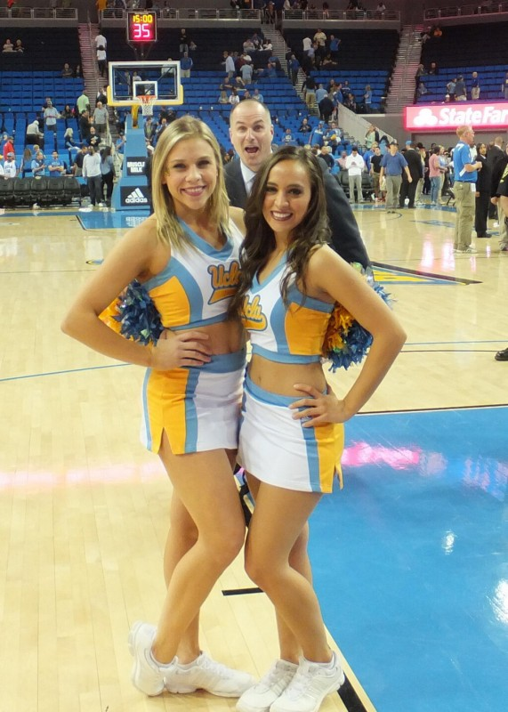 The Jay Bilas photo bomb. TFM.