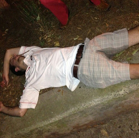 georgia-fan-passed-out-pees-pants-570x568