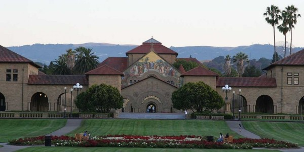 stanford-university-church-quad-campus