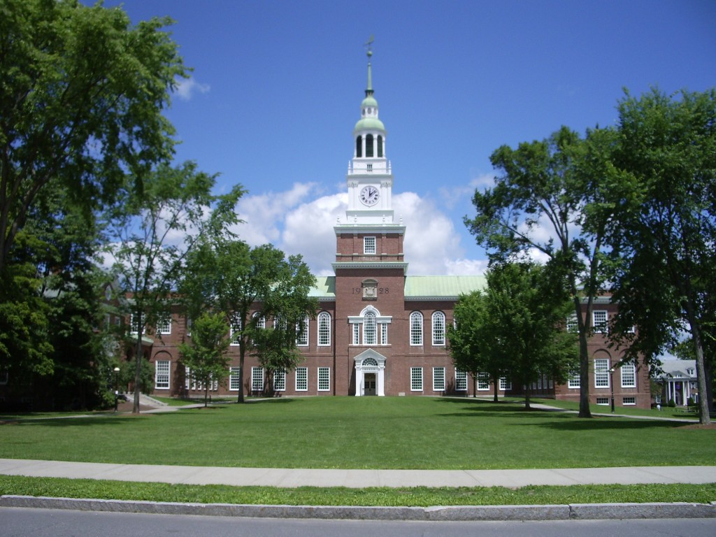 Dartmouth_College_campus_2007-06-23_Baker_Memorial_Library_01
