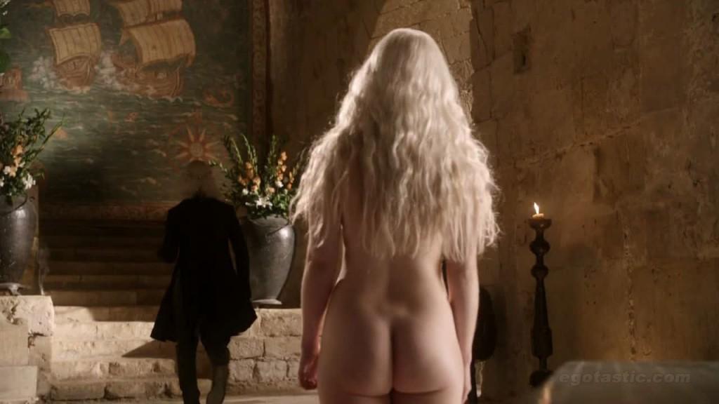 emilia-clarke-nude-game-of-thrones-cap-03