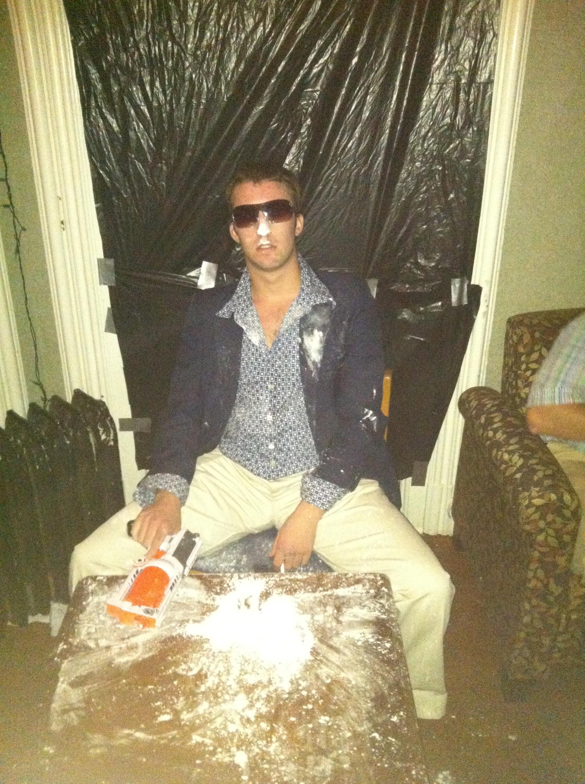 Tony Montana AKA Scarface. & Total Frat Move | Top 30 Halloween Costumes Of 2012