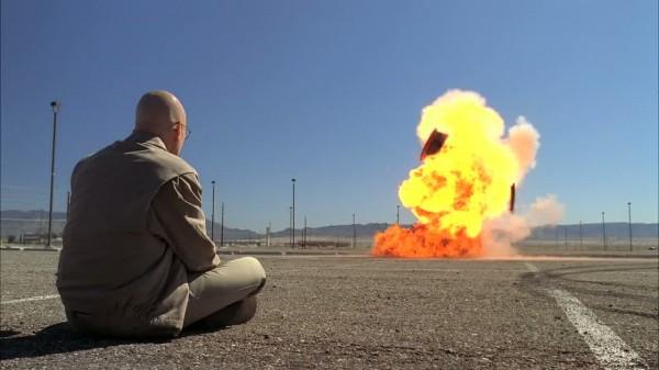 breaking-bad-car-explosion-problem-dog-walter-white-bryan-cranston