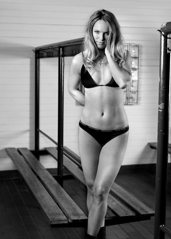 caroline-wozniacki-underwear-photos-1