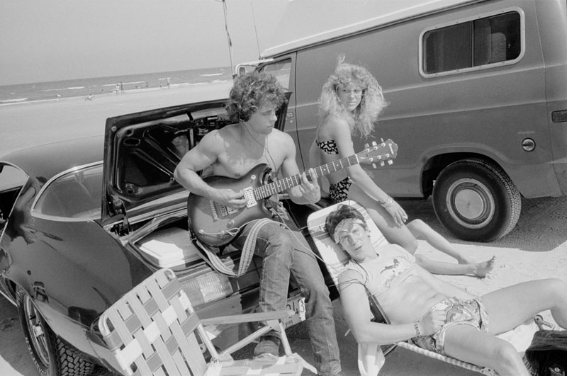 sb_guitar on the beach_87-