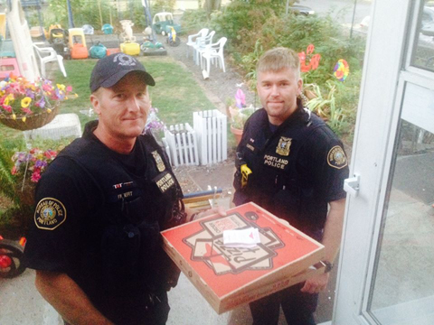 cops-deliver-pizza-09222014